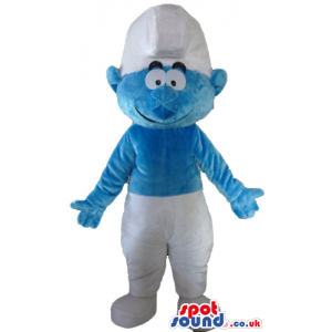 Smiling smurf wearing white trousers and a white hat - Custom