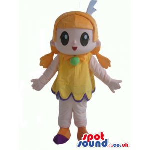 Blonde girl with big eyes and a small mouth wearing a yellow